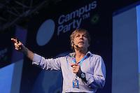 SAO PAULO, SP, 28.01.2014 - CAMPUS PARTY -  O vocalista do Iron Maiden, Bruce Dickinson durante sétima edição da Campus Party 2014, no pavilhão do Anhembi, zona norte da cidade de São Paulo, nesta terca-feira, 28. Os 8 mil bilhetes foram vendidos e são prometidas mais de 500 palestras e oficinas sobre as mais diversas temáticas na sétima edição do evento. ( Foto: Vanessa Carvalho / Brazil Photo Press).