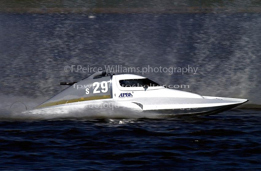 S-29 (2.5 Litre Stock hydroplane(s)