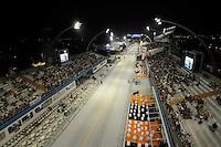 SAO PAULO, SP, 18 DE FEVEREIRO 2012 - CARNAVAL SP - SAMBÓDROMO DO ANHEMBI - Vista do Sambódromo do Anhembi pouco antes do início dos desfiles da segunda noite do Carnaval 2012 de São Paulo.(FOTO: LEVI BIANCO - BRAZIL PHOTO PRESS).
