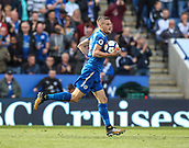 9th September 2017, King Power Stadium, Leicester, England; EPL Premier League Football, Leicester City versus Chelsea; Jamie Vardy of Leicester City runs the ball back to the centre spot after scoring a penalty in the 61st minute to make the score 1-2