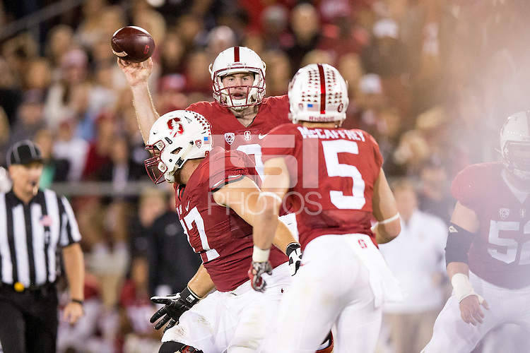 Stanford, CA -- October 3, 2015:  Stanford hosts Arizona at Stanford Stadium. Stanford defeated Arizona 55-17.