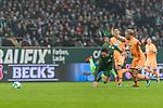 13.01.2018, Weserstadion, Bremen, GER, 1.FBL, SV Werder Bremen vs TSG 1899 Hoffenheim<br /> <br /> im Bild<br /> Ishak Belfodil (Werder Bremen #29) im Duell / im Zweikampf mit Kevin Vogt (1899 Hoffenheim #22), <br /> <br /> Foto &copy; nordphoto / Ewert
