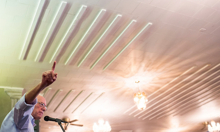 UNITED STATES - AUGUST 24: Democratic presidential candidate Bernie Sanders speaks during a town meeting at the White Mountain Chalet in Berlin, N.H., on Monday, Aug. 24, 2015. (Photo By Bill Clark/CQ Roll Call)