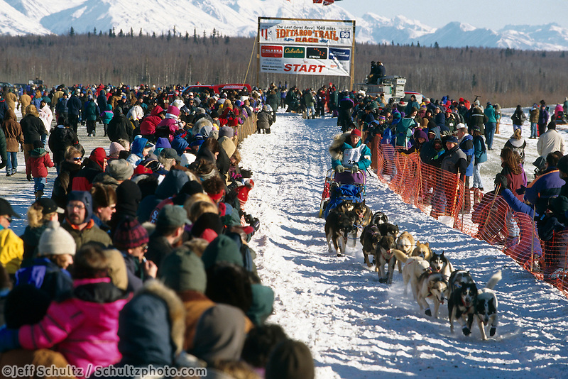 R Redington Leaving Wasilla Restart Iditarod 99 AK