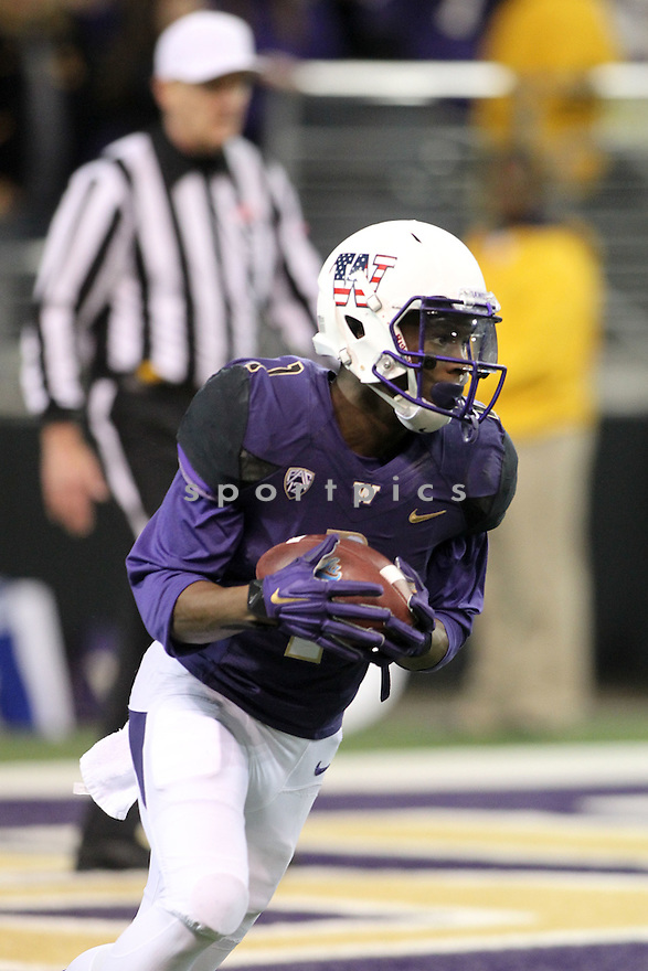 Washington Huskies John Ross (1) during a game against the UCLA Bruins on November 8, 2014 at Husky Stadium in Seattle, WA. UCLA beat Washington 44-30.