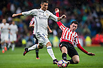 Cristiano Ronaldo (l) of Real Madrid battles for the ball with Aymeric Laporte of Athletic Club during their La Liga match between Real Madrid and Athletic Club at the Santiago Bernabeu Stadium on 23 October 2016 in Madrid, Spain. Photo by Diego Gonzalez Souto / Power Sport Images