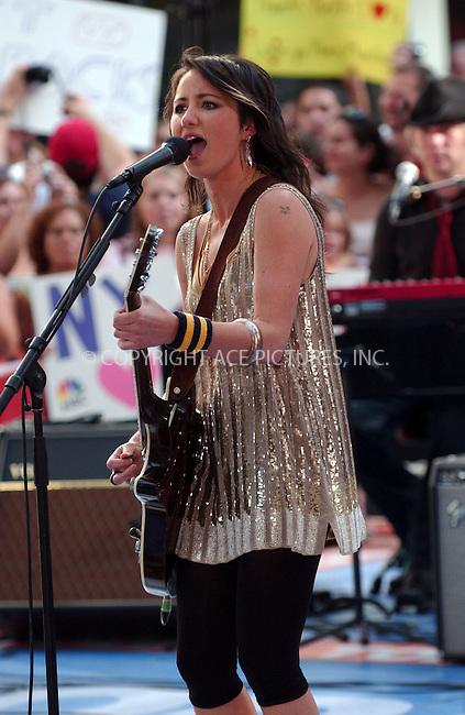 "WWW.ACEPIXS.COM . . . . . ....July 13 2007, New York City....Recording artist KT Tunstall performs on NBC's ""The Today Show"" at the Rockerfeller Center in midtown Manhattan.....Please byline: KRISTIN CALLAHAN - ACEPIXS.COM.. . . . . . ..Ace Pictures, Inc:  ..(646) 769 0430..e-mail: info@acepixs.com..web: http://www.acepixs.com"