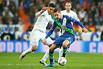Real Madrid's Carlos Henrique Casemiro (l) and WfL Wolfsburg's Julian Draxler during Champions League 2015/2016 Quarter-finals 2nd leg match. April 12,2016. (ALTERPHOTOS/Acero)