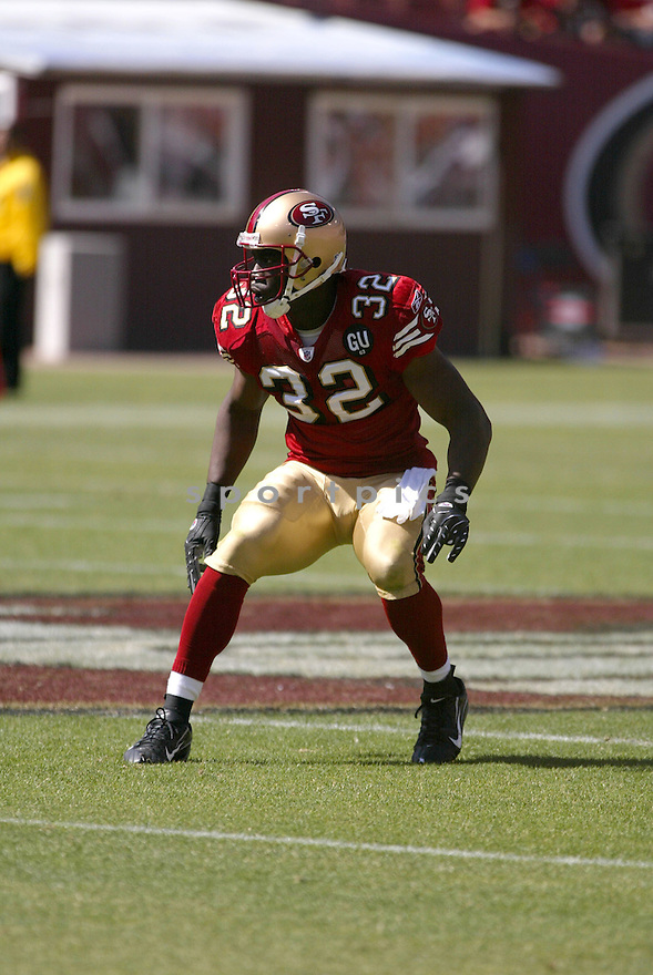 DONALD STRICKLAND, of the San Francisco 49ers, in action during the  49ers game against the  Arizona Cardinals  on September 7, 2008 in San Francisco, California...The San Francisco 49ers win 23-13