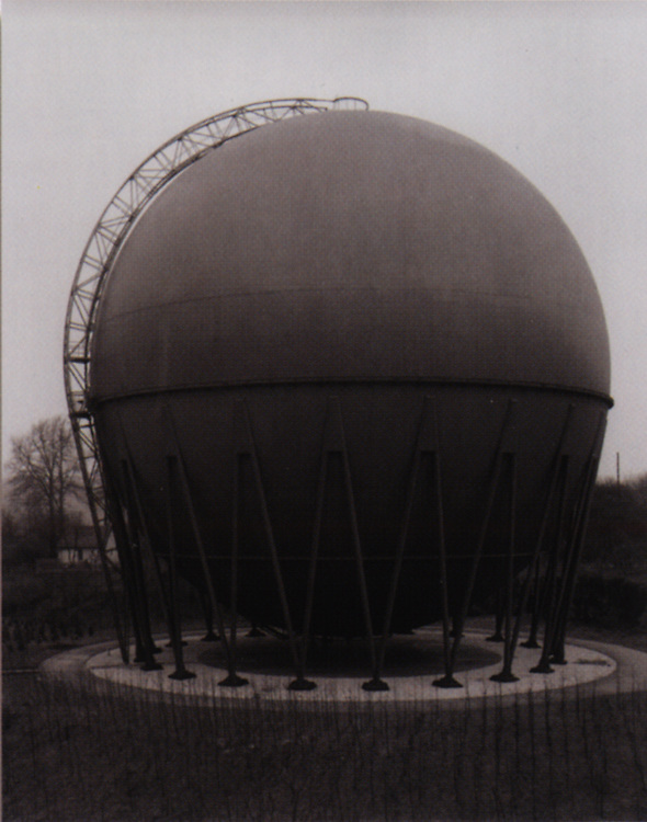 Bernhard &amp; Hilla Becher, Industriebauten - 10 Fotografien von B. und H. Becher.<br /> St&auml;dtisches Museum, M&ouml;nchengladbach, 29 ao&ucirc;t - 13 octobre 1968 / 29 August - 13 October 1968.