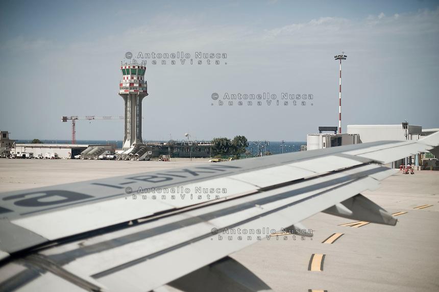Torre di controll dell'aeroporto Punta Raisi di Palermo