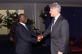 In this photo released by the White House, United States President Bill Clinton Meets with President Thabo Mbeki of South Africa at the United States Mission in New York, New York on 21 September, 1999.<br /> Mandatory Credit: David Scull / White House via CNP