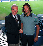 Walter Smith welcomes Marco Negri to Ibrox in 1997