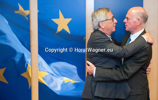 Brussels-Belgium - September 17, 2015 -- Jean-Claude JUNCKER (le), President of the European Commission, receives Professor Norbert LAMMERT (ri), President of the German Bundestag (Federal Parliament) -- Photo: © HorstWagner.eu
