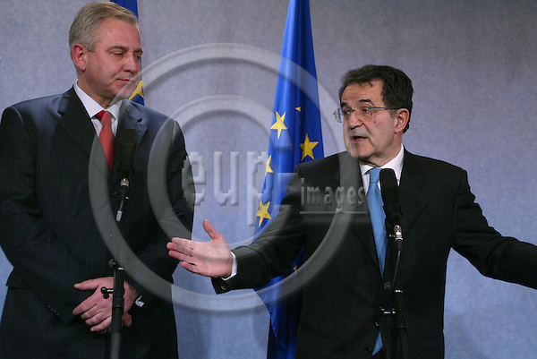 Belgium---Brussels--- Commission---Vip Corner     12.01.2004.Press Conference with Romano PRODI, President of the european Commission and Croatia Prime Minister Ivo SANADER . .PHOTO: EUP-IMAGES / ANNA-MARIA ROMANELLI