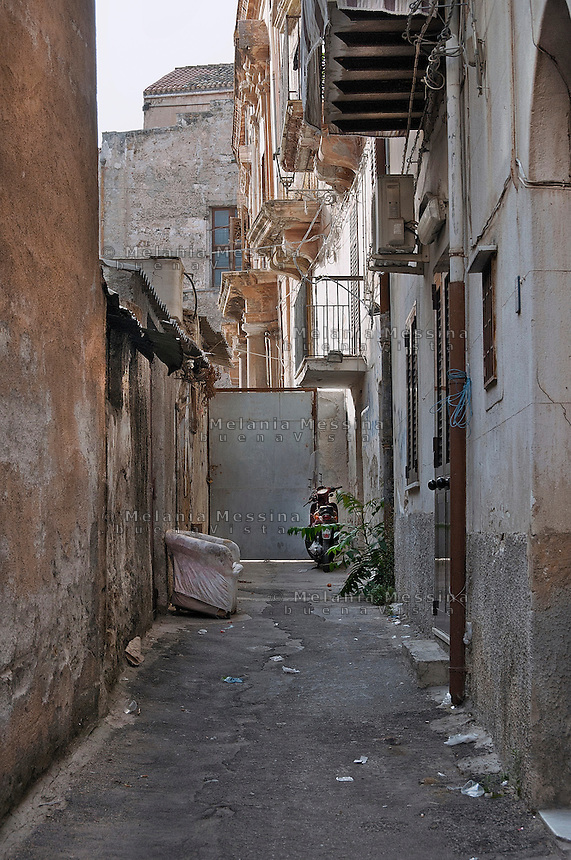 Palermo: alley in Albergheria district.<br />