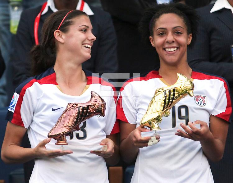 Sydney Leroux And Alex Morgan Soccer