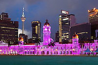 Malaysia, Kuala Lumpur: The Sultan Abdul Samad Building at night | Malaysia, Kuala Lumpur: das Sultan Abdul Samad Building bei Nacht