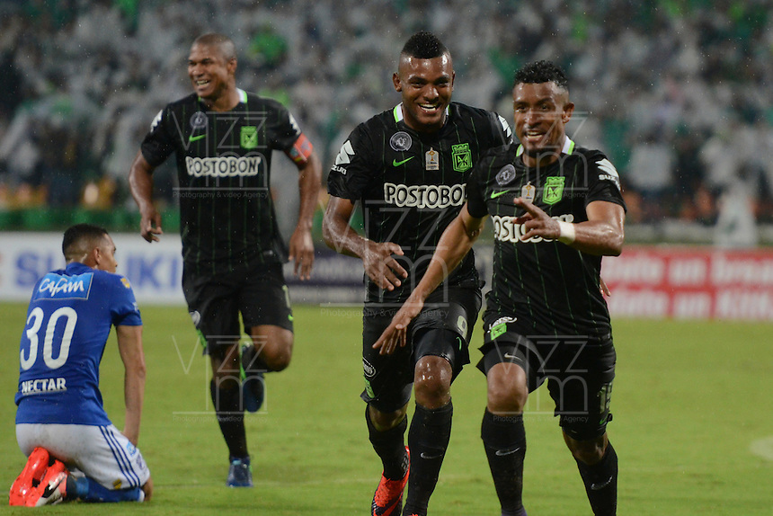 MEDELLIN-COLOMBIA- 03-12-2016: Farid Diaz jugador de Atlético Nacional celebra su gol contra Millonarios. Acción de juego entre el Atlético Nacional y Millonarios durante encuentro por los cuartos de final vuelta de la Liga Aguila II 2016 disputado en el estadio Atanasio Girardot./ Farid Diaz player of Atletico Nacional celebrates his goal against Millonarios . Action game between Atletico Nacional and Milonarios during match for the quarter-final roundthe Aguila League II 2016 played at Atanasio Girardot stadium. Photo: VizzorImage / León Monsalve / Contribuidor