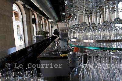 Genève, le 27.05.2009.Nouvelle brasserie des hallesde l'île.© Le Courrier / J.-P. Di Silvestro