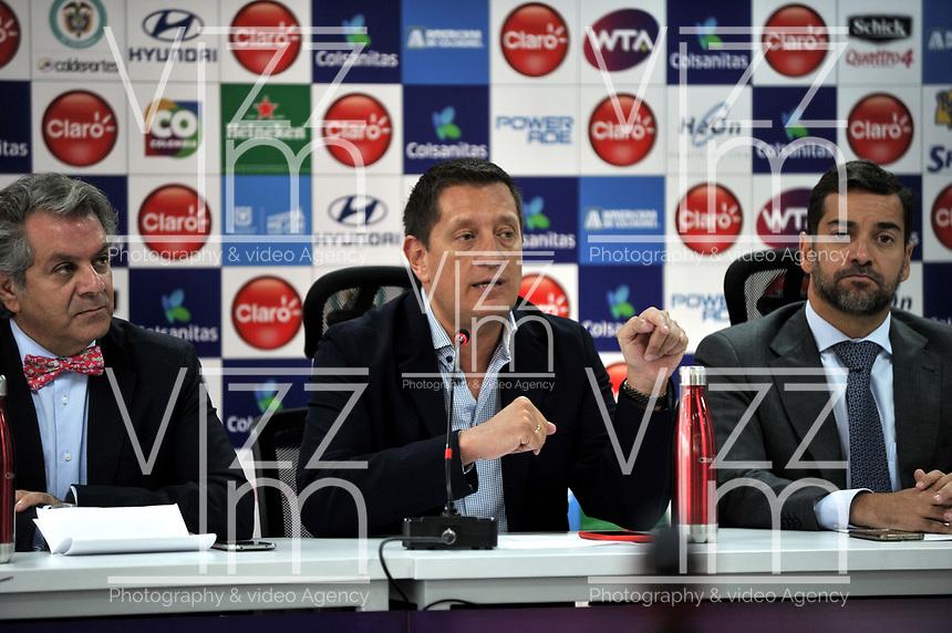 BOGOTA - COLOMBIA - 13 - 03 - 2018: Frank Harb (Izq.), Vicepresidente Comercial de Colsanitas y Gabriel De Las Casas (Cent.), Director de Comunicaciones de Claro y Afranio Restrepo (Der.), Subdirector de Coldeportes, durante la presentación del Claro Colsanitas WTA 2018 de tenis, que se realizara en las canchas del Club Los Lagartos en la ciudad de Bogota del 7 al 15 de abril de 2018. Frank Harb (L), Commercial Vice President of Colsanitas and Gabriel De Las Casas (C), Communications Director of Claro and Afranio Restrepo (R), Deputy Director of Coldeportes, during the presentation of the Claro Colsanitas WTA 2018 of Tennis Championships, to be held in the courts of the Club Los Lagartos in Bogota city, from 7 to April 15, 2018. Photo: VizzorImage / Luis Ramirez / Staff.