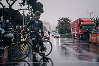André Greipel (DEU/Lotto-Soudal) is the very first one at the race start in torrential rained down Nice (only minutes before the start)<br /> <br /> 76th Paris-Nice 2018<br /> Stage 8: Nice > Nice (110km)