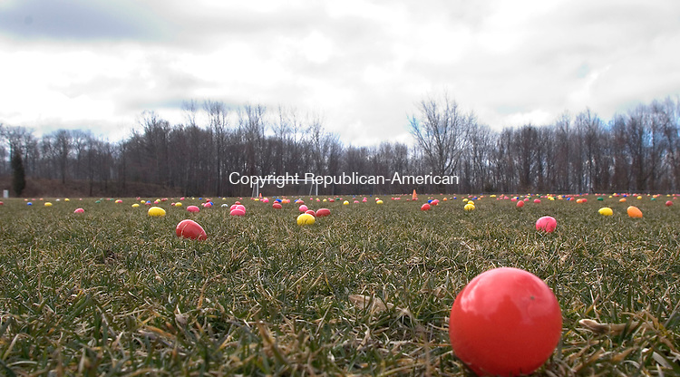 OXFORD, CT - 15 MARCH 2008 - 031508JW06.jpg --  A soccer field full of plastic eggs wait for the start of the Easter Egg hunt sponsored by Oxford Park and Recreation Department Saturday afternoon at Great Oak School. Jonathan Wilcox Republican-American