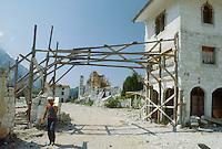 - reconstruction in Friuli after the earthquake of May 1976....- ricostruzione in Friuli dopo il terremoto del maggio 1976....