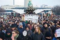 Bundesweite Protestdemonstrationen gegen das geplante ACTA-Abkommen zur Kontrolle des Internets.<br /> In Berlin (im Bild) demonstrierten nach Veranstalterangaben 10.000 Menschen friedlich und mit viel Phantasie gegen das europaweit geplante ACTA-Abkommen.<br /> 11.2.2012, Berlin<br /> Copyright: Christian-Ditsch.de<br /> [Inhaltsveraendernde Manipulation des Fotos nur nach ausdruecklicher Genehmigung des Fotografen. Vereinbarungen ueber Abtretung von Persoenlichkeitsrechten/Model Release der abgebildeten Person/Personen liegen nicht vor. NO MODEL RELEASE! Nur fuer Redaktionelle Zwecke. Don't publish without copyright Christian-Ditsch.de, Veroeffentlichung nur mit Fotografennennung, sowie gegen Honorar, MwSt. und Beleg. Konto: I N G - D i B a, IBAN DE58500105175400192269, BIC INGDDEFFXXX, Kontakt: post@christian-ditsch.de<br /> Bei der Bearbeitung der Dateiinformationen darf die Urheberkennzeichnung in den EXIF- und  IPTC-Daten nicht entfernt werden, diese sind in digitalen Medien nach &sect;95c UrhG rechtlich geschuetzt. Der Urhebervermerk wird gemaess &sect;13 UrhG verlangt.]
