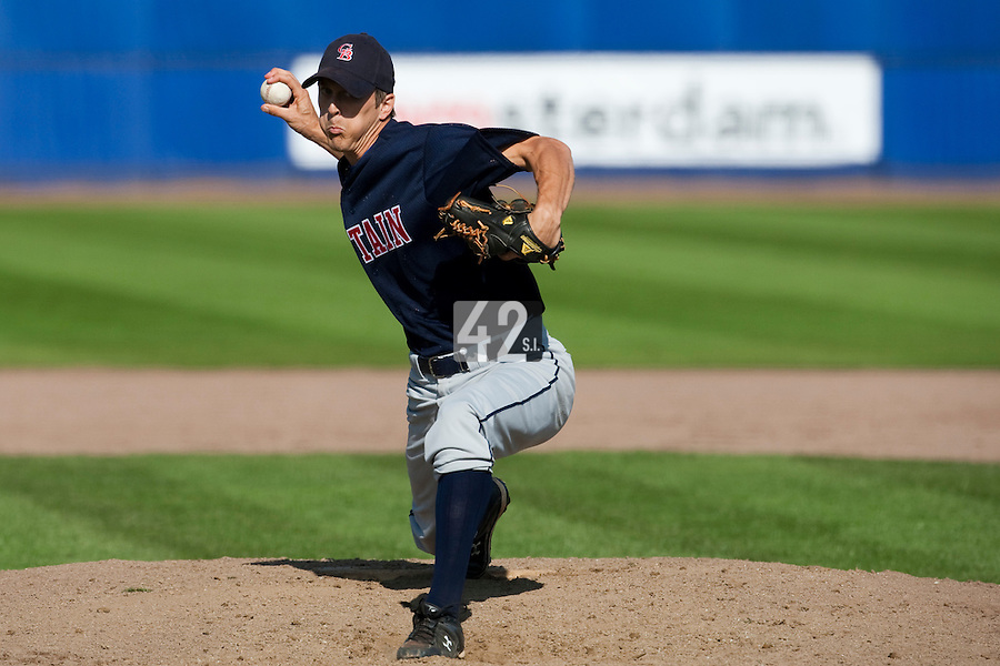 14 September 2009: Stephen P. Spragg of Great Britain pitches against South Korea during the 2009 Baseball World Cup Group F second round match game won 15-5 by South Korea over Great Britain, in the Dutch city of Amsterdan, Netherlands.