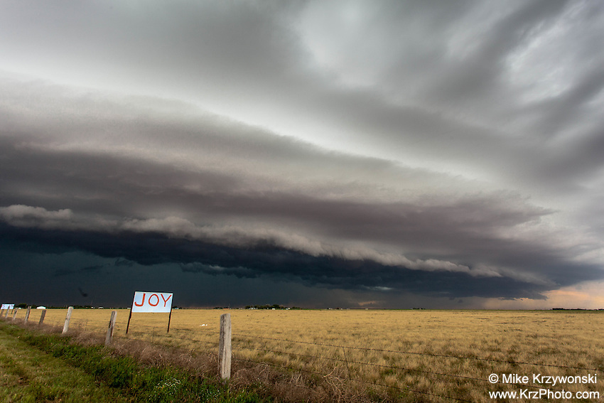 Shelf cloud from a severe thunderstorm in Levelland, TX