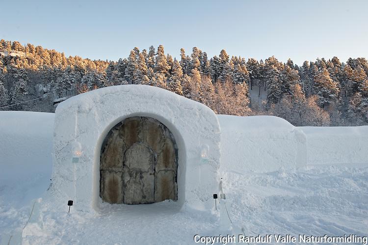 Ishotellet i Sorrisniva, Alta. ---- Ice hotel in Sorrisniva, Alta, Norway.