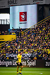 11.05.2019, Signal Iduna Park, Dortmund, GER, 1.FBL, Borussia Dortmund vs Fortuna D&uuml;sseldorf, DFL REGULATIONS PROHIBIT ANY USE OF PHOTOGRAPHS AS IMAGE SEQUENCES AND/OR QUASI-VIDEO<br /> <br /> im Bild | picture shows:<br /> das 0:1 fuer Duesseldorf wird nach VAR Entscheidung zururckgenommen, <br /> <br /> Foto &copy; nordphoto / Rauch