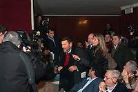 """Giuliano Ferrara arriva all'incontro """"Subito al voto"""" da lui organizzato al teatro Manzoni. Milano, 12 novembre 2011..Giuliano Ferrara arrives at the meeting """"Vote now"""" organized by himself at Manzoni theater. Milan, November 12, 2011."""
