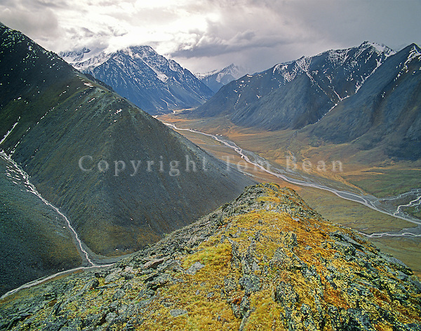 Mountains above the Jago River Valley in the Romanzof Mountains part of the Brooks Range in the Arctic National Wildlife Refuge, Alaska, AGPix_0719.