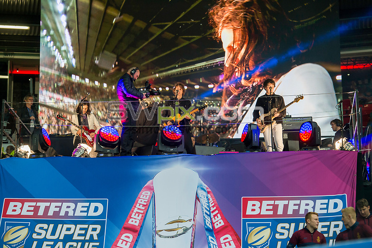 Picture by Allan McKenzie/SWpix.com - 07/10/2017 - Rugby League - Betfred Super League Grand Final - Castleford Tigers v Leeds Rhinos - Old Trafford, Manchester, England - The brief, Razorlight.