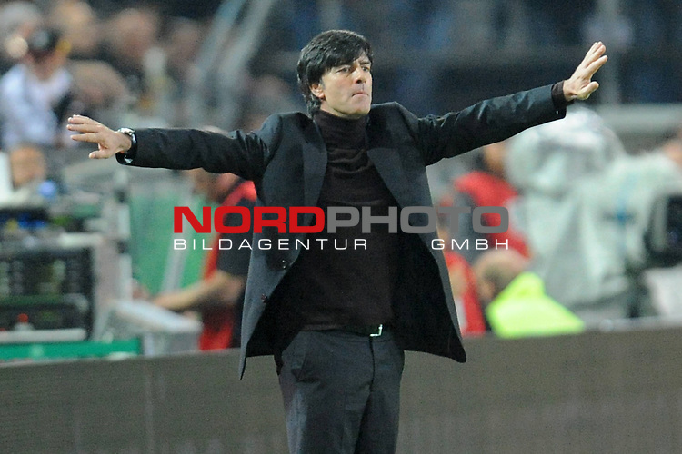 Fussball, L&auml;nderspiel, WM 2010 Qualifikation Gruppe 4 Westfalen Stadion Dortmund ( SIGNAL IDUNA PARK )<br />  Deutschland (GER) vs. Russland ( RUS )<br /> <br /> Joachim Loew (L&ouml;w) - ( Germany / Trainer / Coach / )<br /> <br /> Foto &copy; nph (  nordphoto  )<br />  *** Local Caption ***