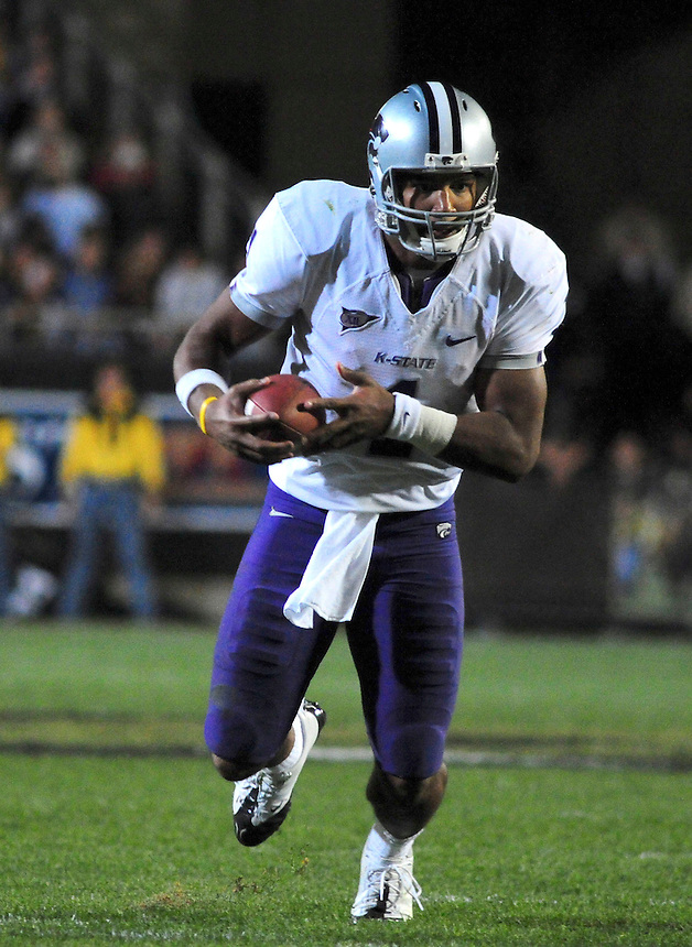18 October 08: Kansas State quarterback Josh Freeman rushes for a touchdown against Colorado. The Colorado Buffaloes defeated the Kansas State Wildcats 14-13 at Folsom Field in Boulder, Colorado.