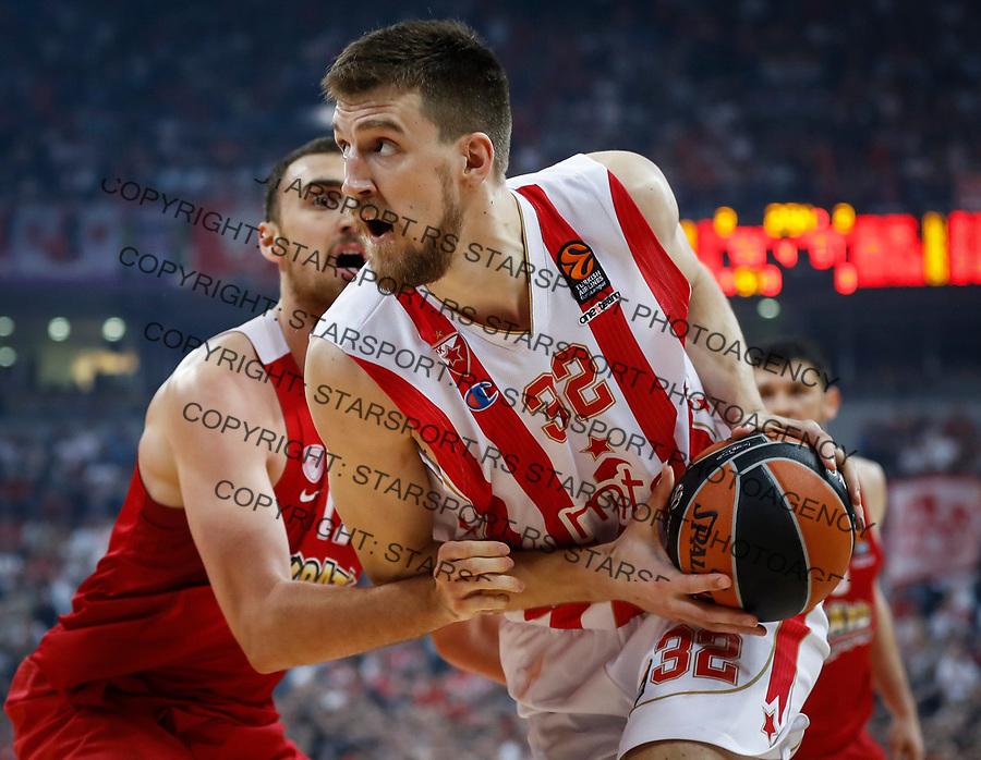 Kosarka Euroleague season 2016-2017<br /> Crvena Zvezda v Olympiacos (Athens)<br /> Ognjen Kuzmic and Nikola Milutinov (L)<br /> Beograd, 22.03.2017.<br /> foto: Srdjan Stevanovic/Starsportphoto &copy;