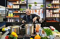 Nederland - Amsterdam - Januari 2019.  HORECAVA. Verse biologische soep.   Foto Berlinda van Dam / Hollandse Hoogte