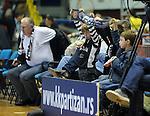 KOSARKA, BEOGRAD, 06. Nov. 2010. - Navijaci Partizana. Utakmica 6. kola NLB lige  u sezoni (2010/2011) izmedju Partizana i Zagreba. Foto: Nenad Negovanovic