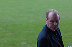 Luton Town 1 Leeds United 1, 26/01/2008. Kenilworth Road, League One. Leeds assistant manager Dave Bassett. Photo by Simon Gill.