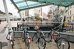 20080109 - France - Aquitaine - Pau<br /> LA PLACE CLEMENCEAU AVEC SON PARKING SOUTERRAIN AU COEUR DU CENTRE PIETONNIER A PAU.<br /> Ref : PAU_065.jpg - © Philippe Noisette.