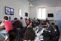 Paris (75),Le President de la Republique, Franeois HOLLANDE, recoit samedi 25 juin 2016 les representants des partis politiques francais au Palais de l Elysee. Les journalistes au travail dans la salle de presse de l'Elysee