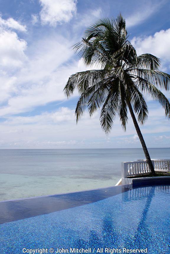 Infinity pool at Casa Canada hotel on Big Corn Island, Nicaragua