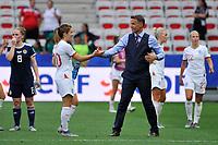 Philip Neville (entraineur de l equipe d England) - Karen Carney (England)<br /> Nice 09-06-2019 <br /> Football Womens World Cup <br /> England - Scotland <br /> Inghilterra - Scozia <br /> Photo Norbert Scanella / Panoramic/Insidefoto <br /> ITALY ONLY
