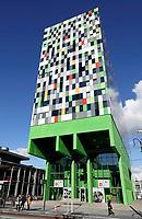 Casa Confetti op de De Uithof. In de woontoren bevinden zich 377 studentenwoningen. Het ontwerp is afkomstig van Architectenbureau Marlies Rohmer.