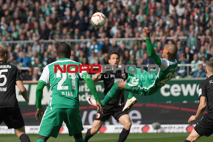 09.04.2016, Weser Stadion, Bremen, GER, 1.FBL. Werder Bremen vs FC Augbsurg, im Bild<br /> <br /> Fallrueckzieher Theodor Gebre Selassie (Bremen #23)<br /> <br /> <br /> Foto &copy; nordphoto / Kokenge