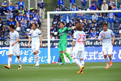Takuo Okubo (V Varen), APRIL 23, 2016 - Football /Soccer : 2016 J2 League match between FC Machida Zelvia 1-0 V.Varen Nagasaki at Machida Stadium, Tokyo, Japan.  (Photo by AFLO SPORT)