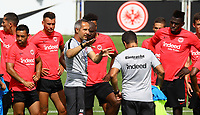 Trainer Adi H&uuml;tter (Eintracht Frankfurt) gibt Anweisungen - 08.08.2018: Eintracht Frankfurt Training, Commerzbank Arena<br /> <br /> DISCLAIMER: <br /> DFL regulations prohibit any use of photographs as image sequences and/or quasi-video.